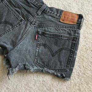 Levi's 501 Cutoff Shorts 24